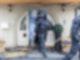 Bei Ermittlungen gegen Clankriminalität durchsuchen derzeit Spezialkräfte der Polizei rund 30 Objekte in Nordrhein-Westfalen. Foto: Marcel Kusch/dpa