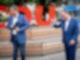 CSU-Chef Markus Söder (l) und CDU-Chef Armin Laschet demonstrieren Geschlossenheit. Foto: Kay Nietfeld/dpa