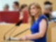 Tessa Ganserer spricht bei einer Plenarsitzung des Bayerischen Landtags. Die Grünen-Politikerin will in den Bundestag einziehen. Foto: Tobias Hase/dpa