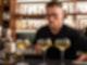 Bartender Tobias Lindner serviert beim Wettbewerb des Barkultur-Magazins «Mixology» einen Cocktail. Foto: Lukas Müller/Meininger Verlag/dpa